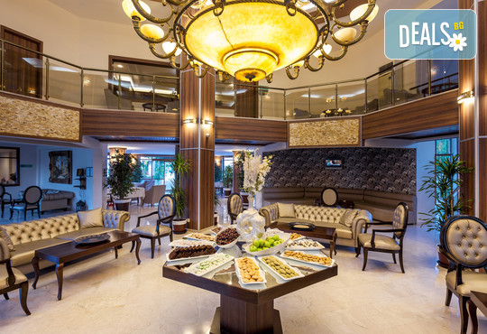 Club Hotel Turan Prince World 5* - снимка - 13