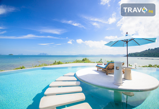 Blue Carpet Luxury Suites - снимка - 15