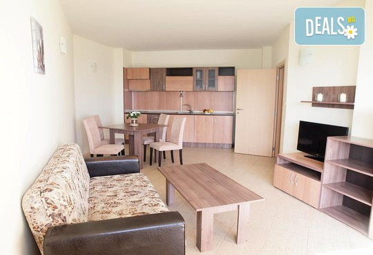 Regina Beach Apartments - снимка - 5