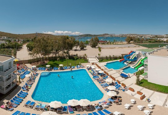 Bodrum Beach Resort 4* - снимка - 4