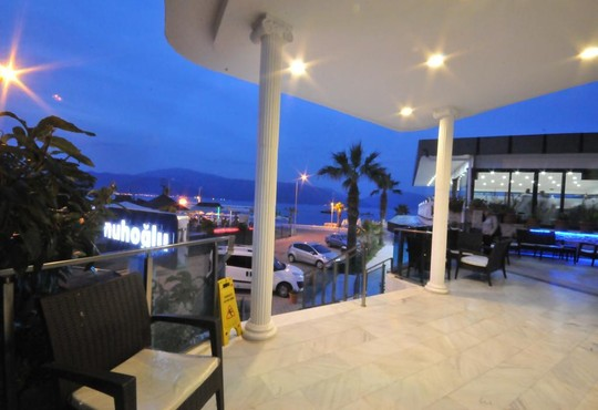 Class Beach Hotel 3* - снимка - 10