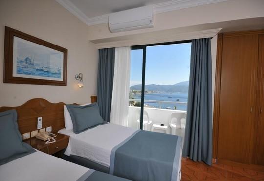 Class Beach Hotel 3* - снимка - 19