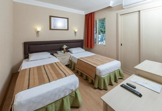 Julian Forest Suites 4* - снимка - 3