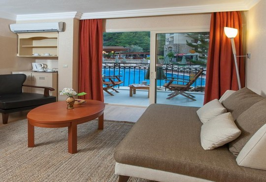 Julian Forest Suites 4* - снимка - 7