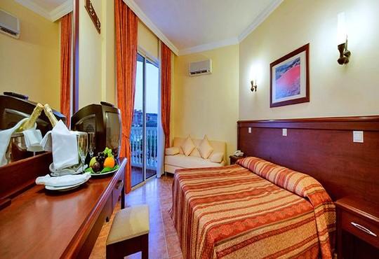 Larissa Sultan's Beach Hotel 4* - снимка - 26