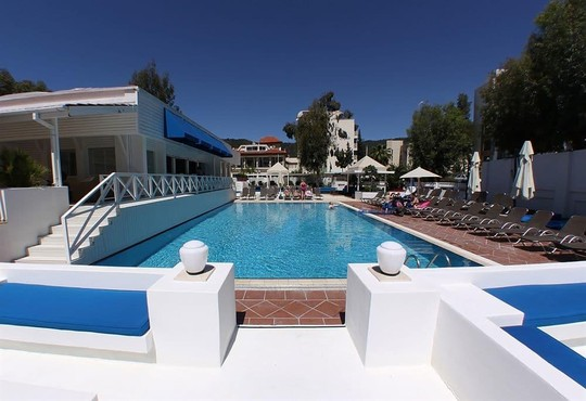 Club Munamar Beach Resort 4* - снимка - 8