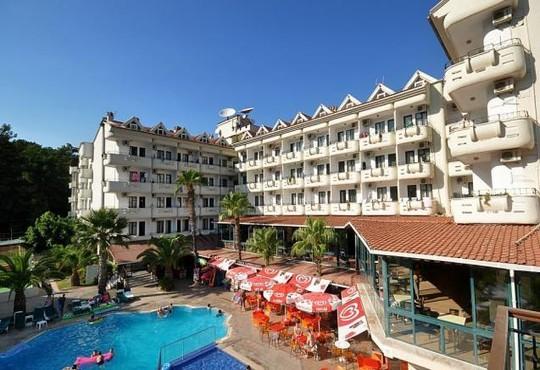Pineta Club Hotel 3* - снимка - 3