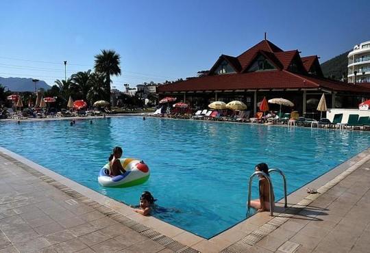 Pineta Club Hotel 3* - снимка - 13