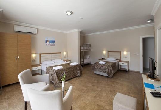 Risa Hotel 4* - снимка - 4
