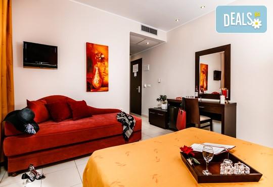Notos Deluxe Suites - снимка - 14