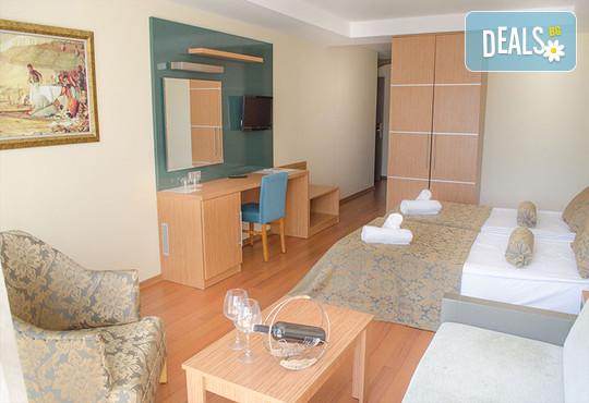 Ambrosia Hotel 4* - снимка - 7
