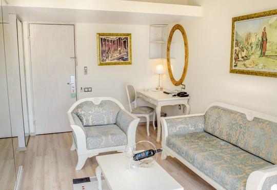 Ambrosia Hotel 4* - снимка - 10