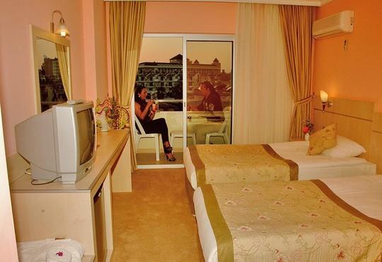 Z Hotels Side Town Hotel 4* - снимка - 16
