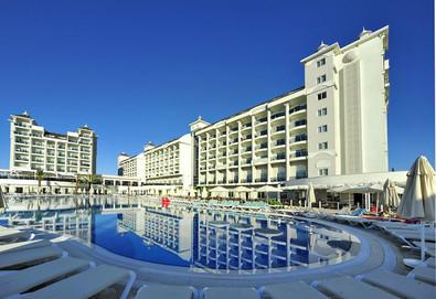 Самолетна почивка в Турция! 3 нощувки на човек на база Ultra all inclusive в Lake & River Side Hotel 5*, Сиде, Турска ривиера с двупосочен чартърен полет от София - Снимка
