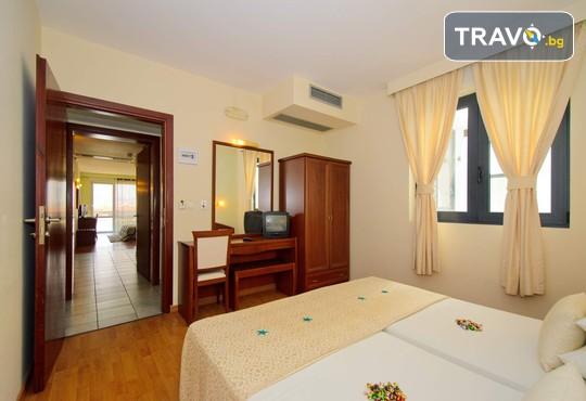 Evilion and Stilvi Hotels 4* - снимка - 17