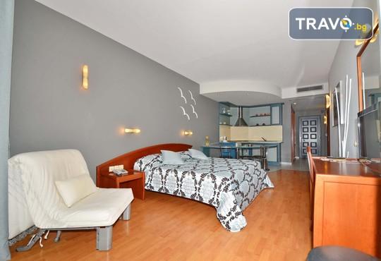 Evilion and Stilvi Hotels 4* - снимка - 10
