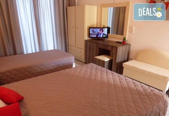 Oasis Hotel 3* - снимка - 5
