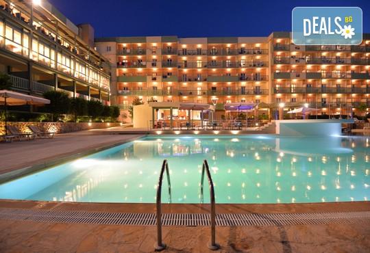 Ariti Grand Hotel 4* - снимка - 1
