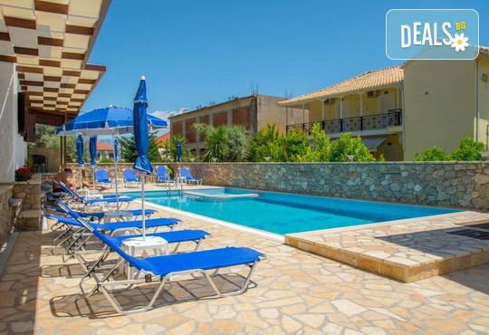 Nostos Hotel 2* - снимка - 1