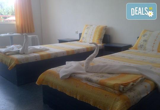 Семеен хотел Адел - снимка - 4