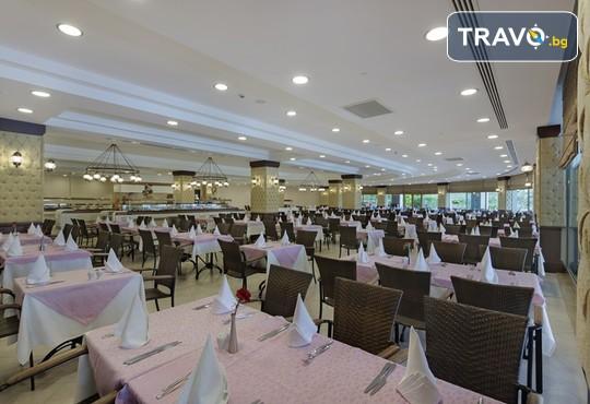 Alba Royal Hotel 5* - снимка - 19