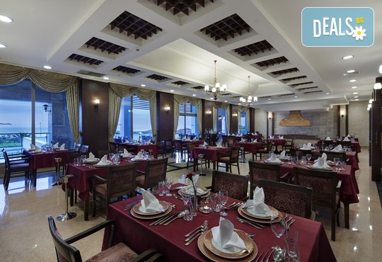 Alba Royal Hotel 5* - снимка - 11