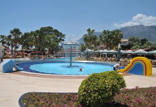 Club Boran Mare Beach 5* - снимка - 18