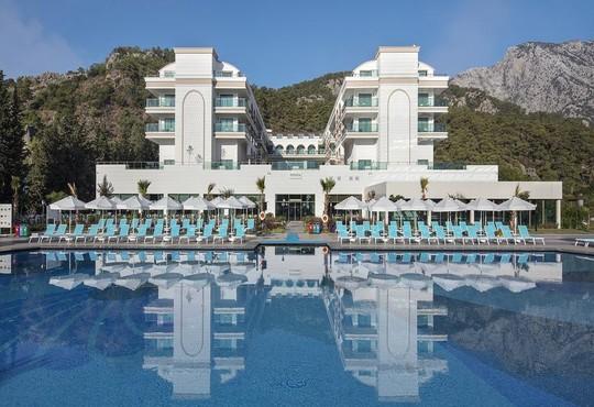 Dosinia Luxury Resort 5* - снимка - 1