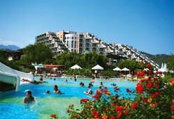 Самолетна почивка в Турция! 7 нощувки на човек на база Ultra all inclusive в Limak Limra Hotel & Resort 5*, Кемер, Турска ривиера с двупосочен чартърен полет от Варна - Снимка