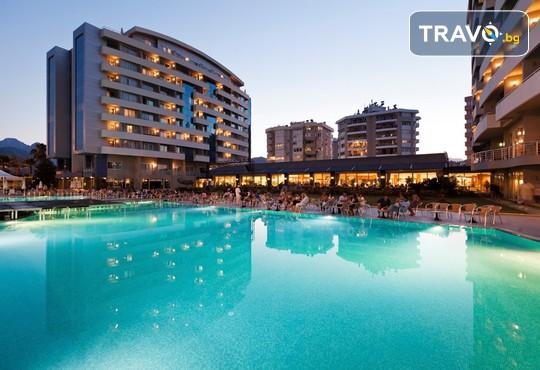 Porto Bello Hotel Resort & Spa 5* - снимка - 1