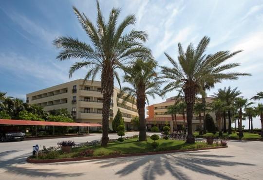 Miramare Beach Hotel 4* - снимка - 1