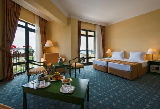 Miramare Beach Hotel 4* - снимка - 6