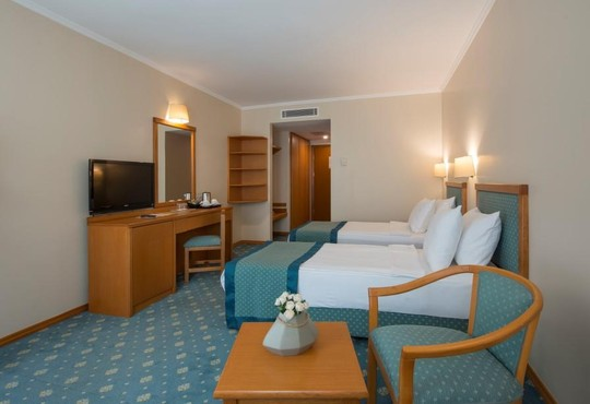 Miramare Queen Hotel 4* - снимка - 7