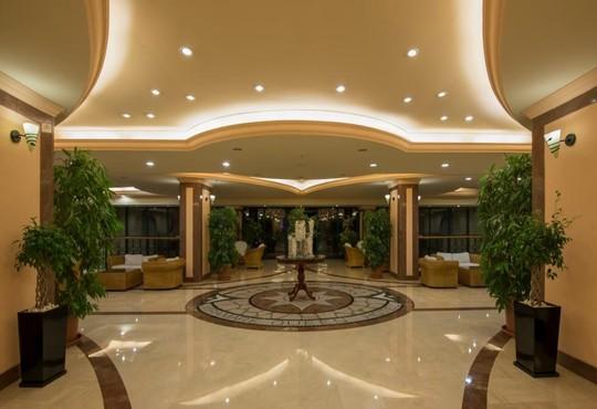 Miramare Queen Hotel 4* - снимка - 9