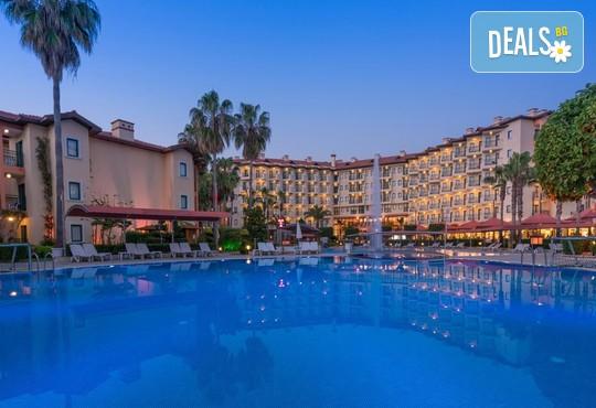 Miramare Queen Hotel 4* - снимка - 3