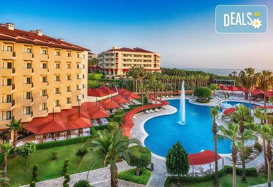Miramare Queen Hotel 4* - снимка - 1