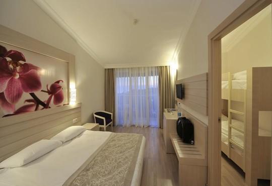 Side Corolla Hotel 4* - снимка - 10