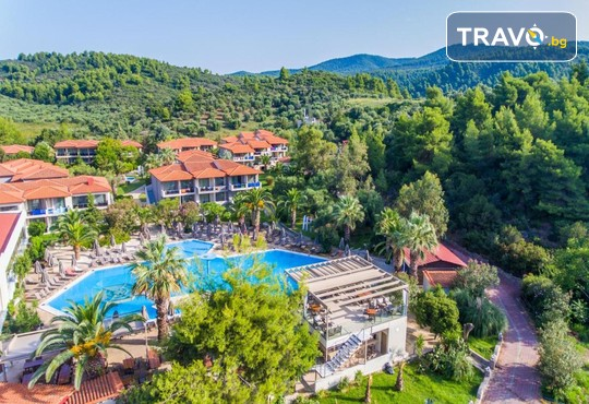 Poseidon Resort Hotel 4* - снимка - 1