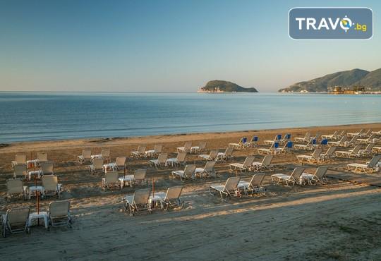 Galaxy Beach Resort 5* - снимка - 37