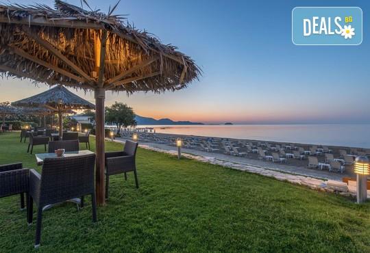 Galaxy Beach Resort 5* - снимка - 36