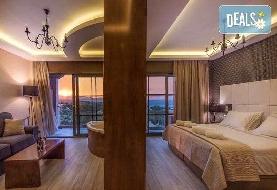 Elegance Luxury Executive Suites 5* - снимка - 6