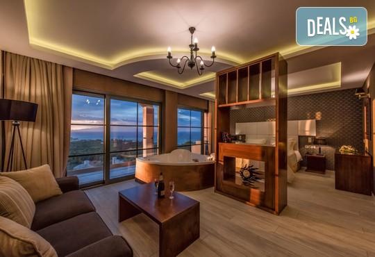 Elegance Luxury Executive Suites 5* - снимка - 8