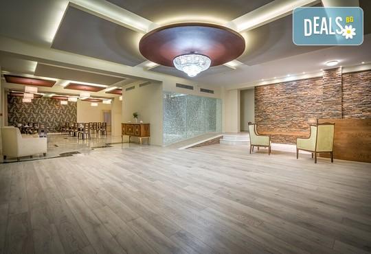 Elegance Luxury Executive Suites 5* - снимка - 13