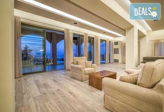 Elegance Luxury Executive Suites 5* - снимка - 11