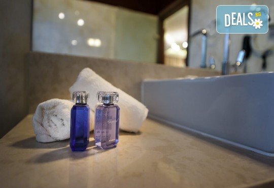 Elegance Luxury Executive Suites 5* - снимка - 10