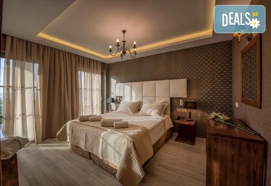 Elegance Luxury Executive Suites 5* - снимка - 4