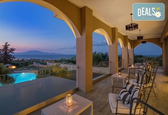 Elegance Luxury Executive Suites 5* - снимка - 19