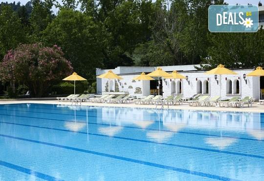 Athos Palace Hotel 4* - снимка - 12