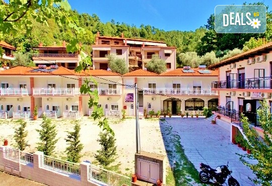 Delfini Hotel - снимка - 1