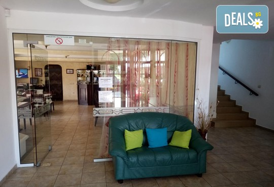 Хотел Елена - снимка - 8